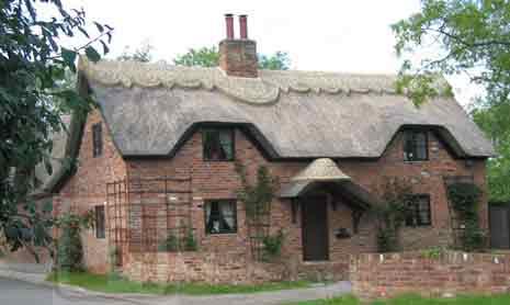 Mill-St-Entrance-RJKB-House-100_0066w465h278_11k_wc13